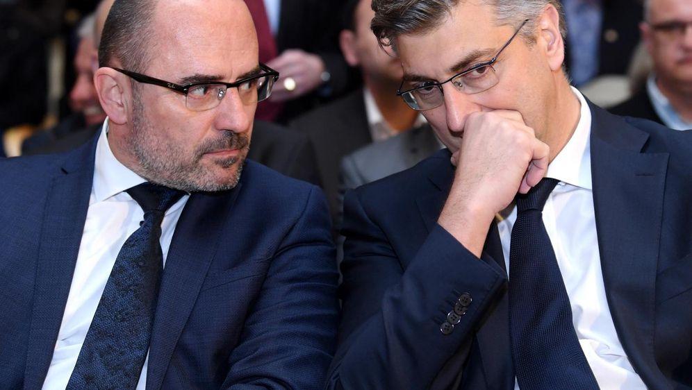 Milijan Brkić i Andrej Plenković (Foto: Marko Lukunic/PIXSELL)