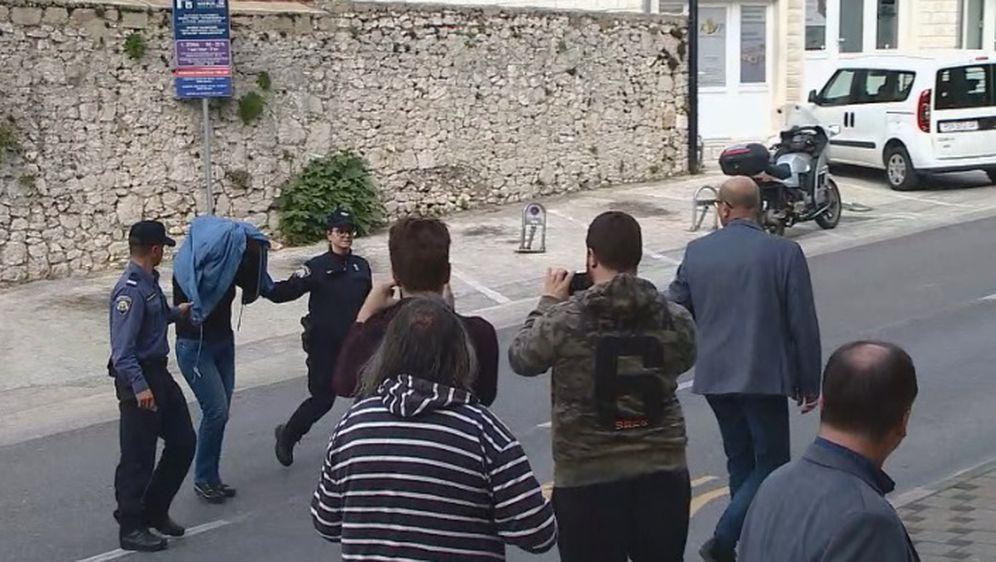 Policija uhitila troje zbog krađe više od pet milijuna kuna iz banke u Metkoviću (Foto: Dnevnik.hr)