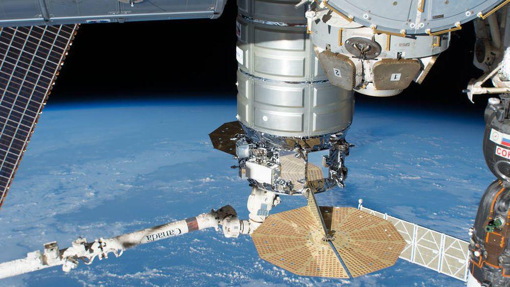 Satelit, ilustracija (Foto: NASA)