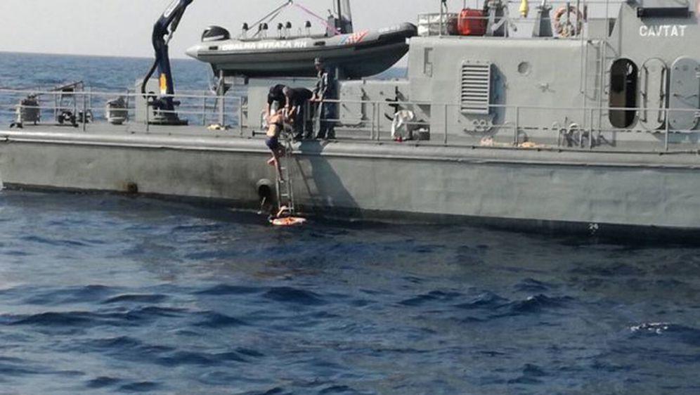 Spašavanje Britanke iz mora (Foto: MORH)