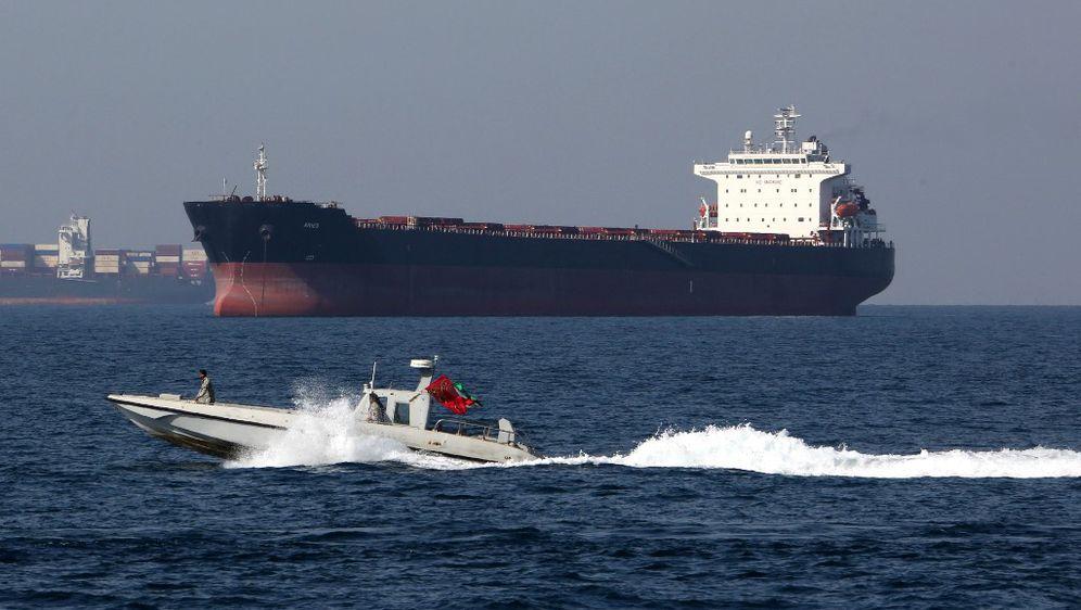 Plovidba Hormuškim tjesnacem (Foto: AFP)