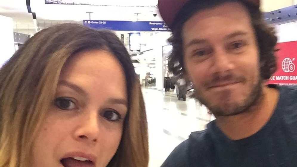 Rachel Bilson i Adam Brody (Foto: Instagram)