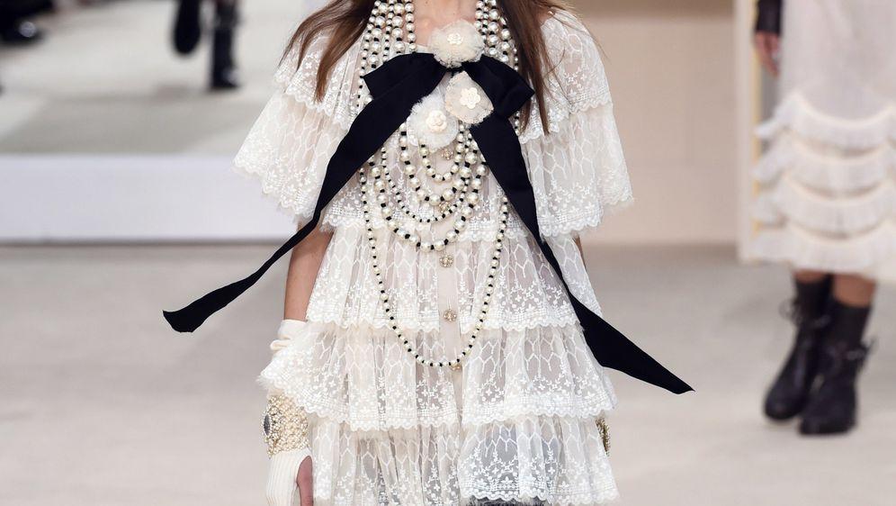 Crno-bijele kombinacije preslikavaju poznati Chanel logo