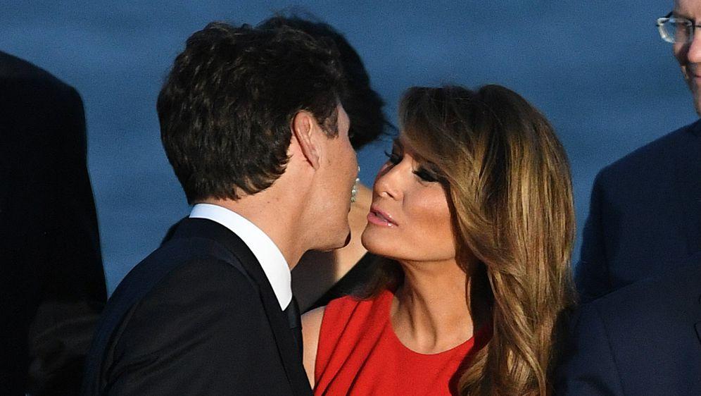 Poljubac kanadskog premijera i prve dame SAD-a zabavlja korisnike društvenih mreža
