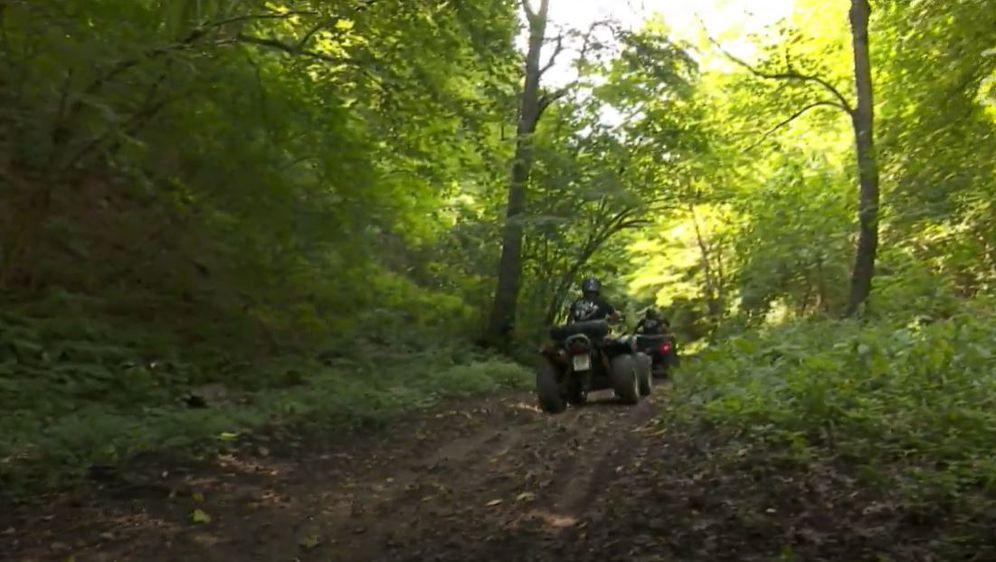 Smrtonosne zamke: Motociklistima postavljaju sajle - 7