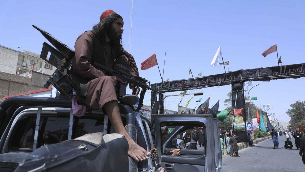 Talibani preuzeli Afganistan