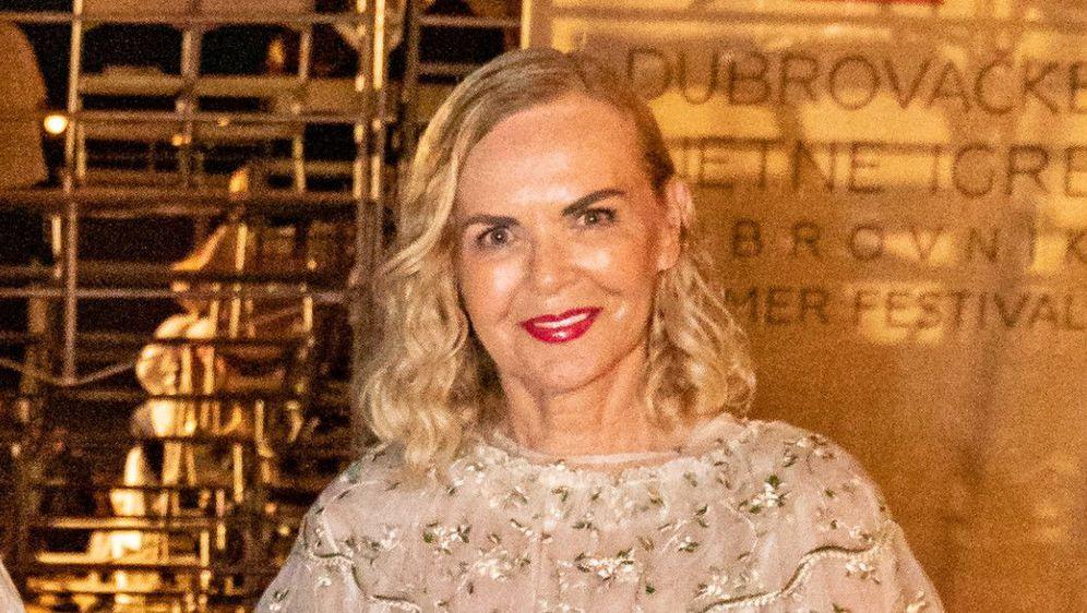 Jadranka Sloković uvijek privlači pažnju svojim modnim kombinacijama