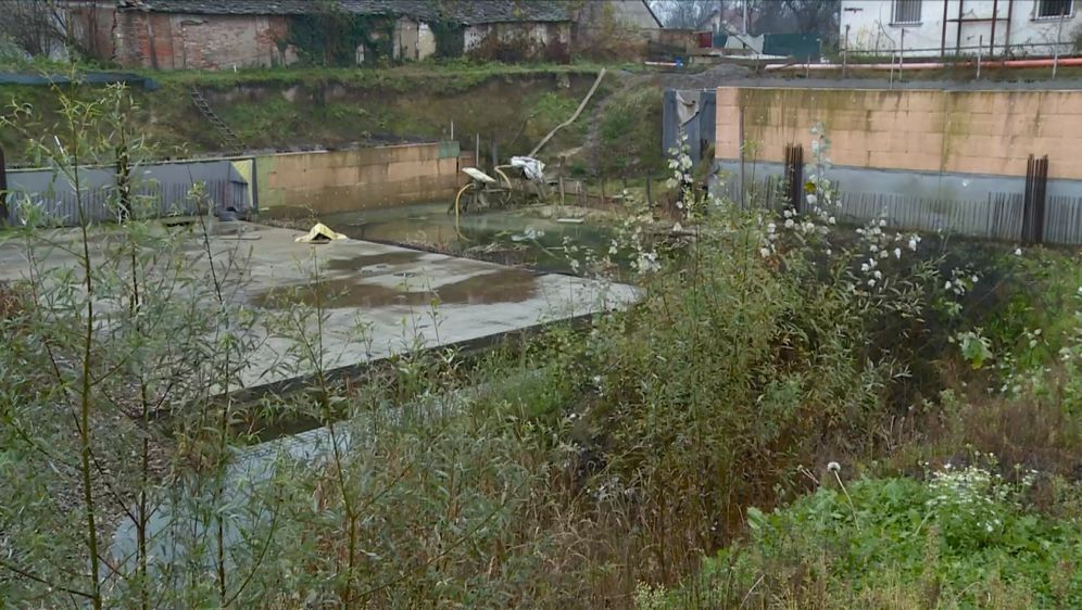 Umjesto dvorane, još uvijek rupa (Foto: Dnevnik.hr) - 4