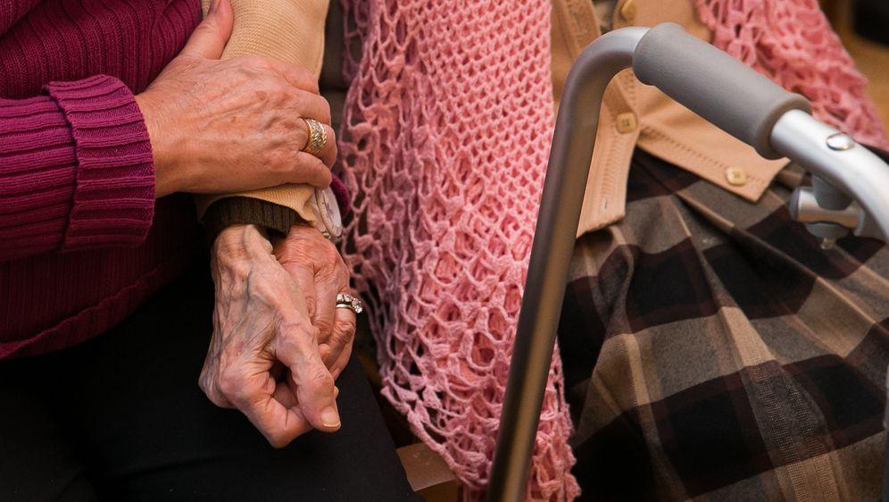 Umirovljenici (Foto: Arhiva/Grgo Jelavic/PIXSELL)