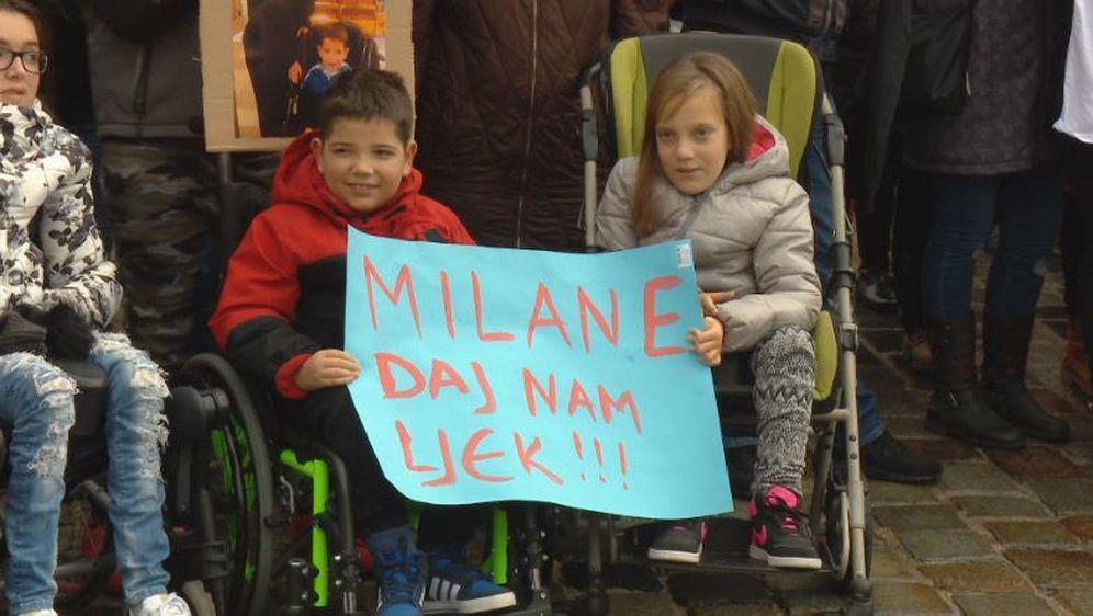 Pomoć oboljelima (Foto: Dnevnik.hr) - 1
