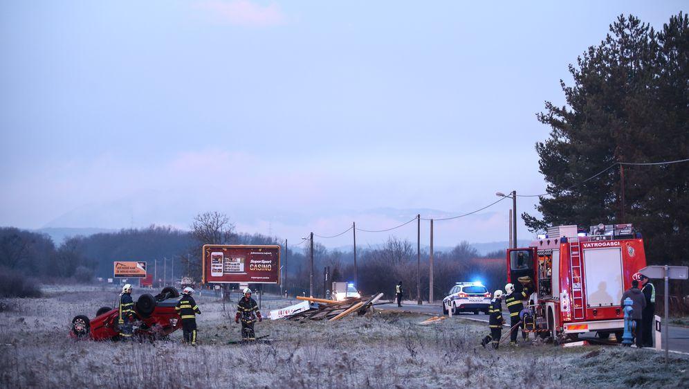U slijetanju automobila poginula jedna osoba (Foto: Igor Soban/PIXSELL) - 3