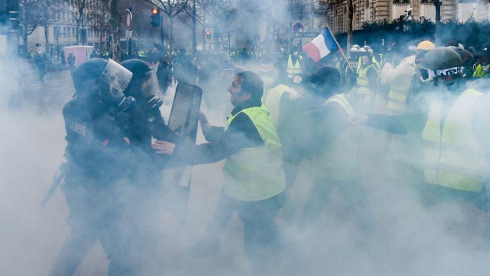 Prosvjedi u Parizu (Foto: AFP) - 1
