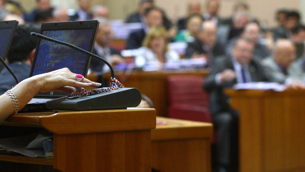 Hrvatski sabor, glasanje (Foto: Davor Puklavec/PIXSELL)