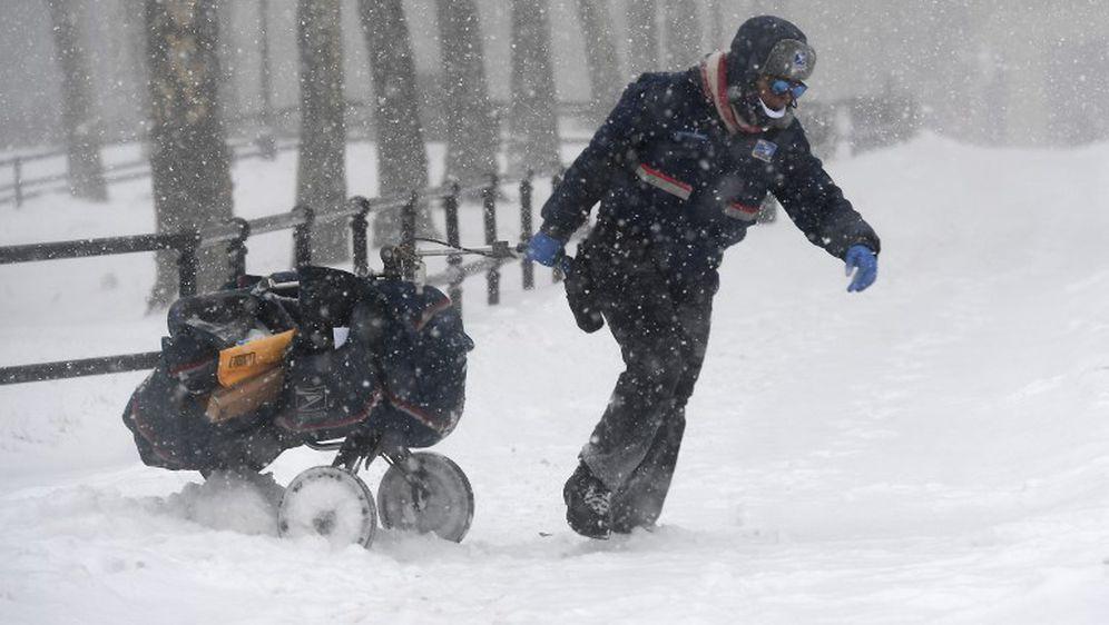 Snježna oluja u SAD-u (Foto: AFP)