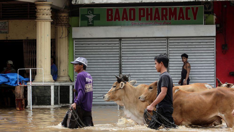 Ljudi su masovno evakuirani (Foto: AFP)