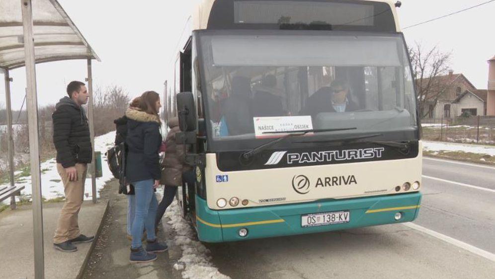 Vaš glas: Pobuna zbog ukinutih linija (Foto: Dnevnik.hr) - 4