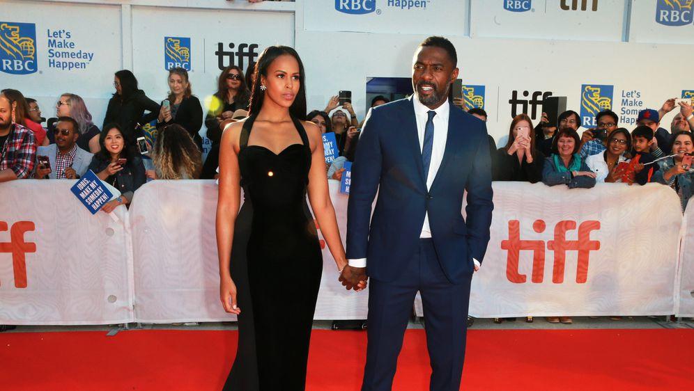 Idris Elba i Sabrina Dhowre (Foto: Getty)