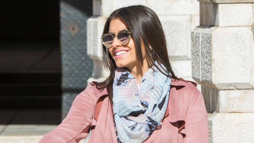 Ljepotica iz Dubrovnika u pastelnoj kombinaciji