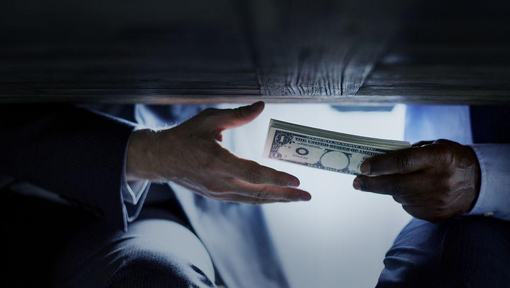 Korupcija (Foto: Guliver/Thinkstock)