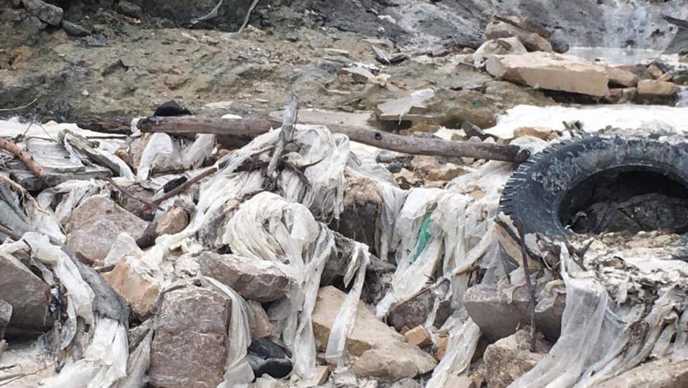 """Bujica odnijela tone smeća s odlagališta Lakota u Istri (Foto: Građanska inicijativa \""""Naš Potok\""""/Facebook)"""