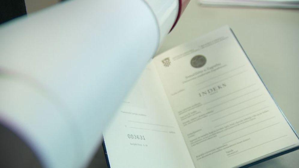 Diploma i indeks, ilustracija (Foto: Dnevnik.hr)