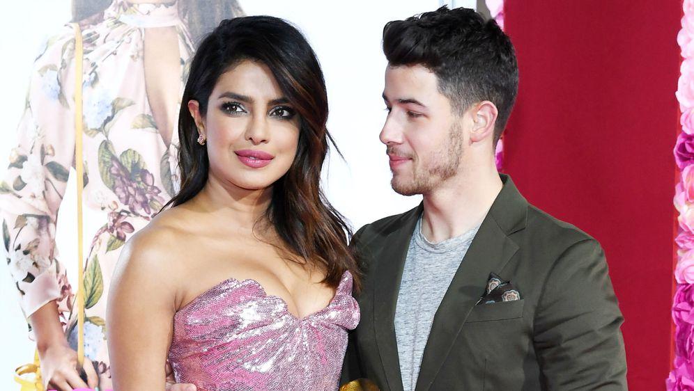 Hinduistica Priyanka Chopra i kršćanin Nick Jonas
