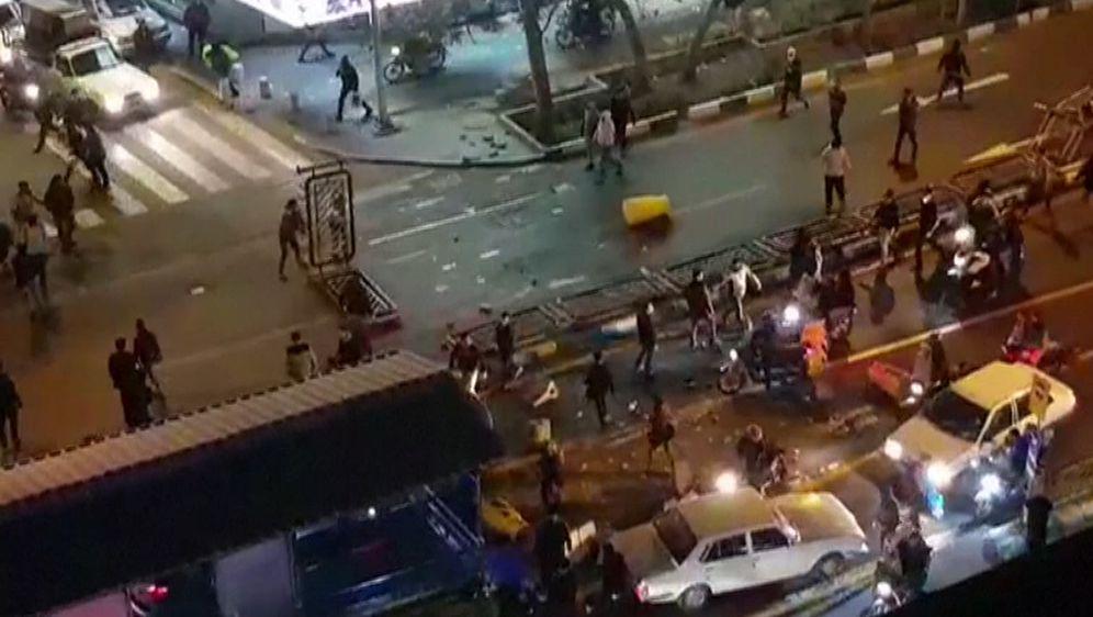 Neredi u Iranu (Foto: AFP)