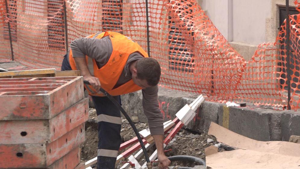 Radnik na gradilištu (Foto: Printscreen Informer)