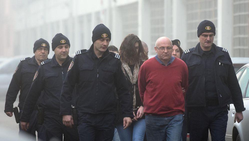 Nuša Bunić u pratnji policije dolazi na sud (Foto: Vjeran Zganec-Rogulja/PIXSELL)