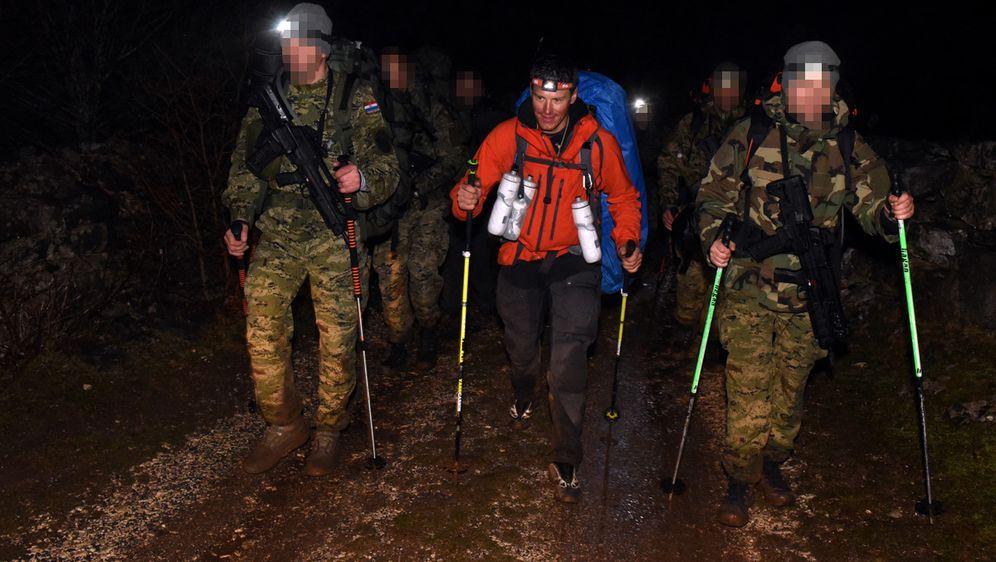 Ivica Kostelić i vojnici u ekspediciji (Foto: MORH)