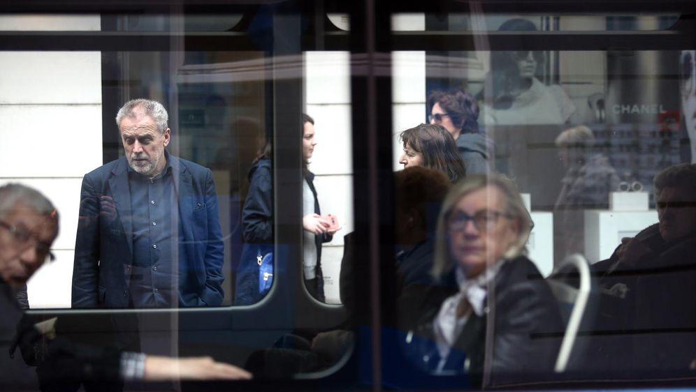Tramvaj, ilustracija (Foto: Sanjin Strukic/PIXSELL)