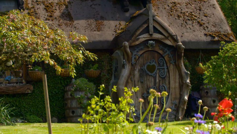 Prava 'Hobit' kućica u kojoj živi umirovljenik Stuart Grant