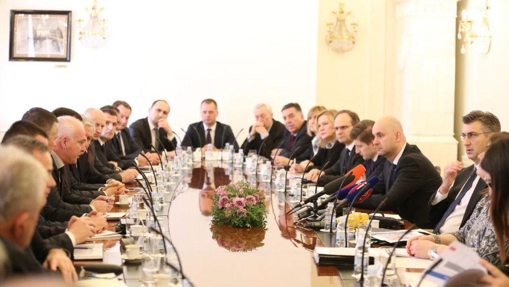 Sa sastanka premijera sa županima (Foto: Dnevnik.hr)
