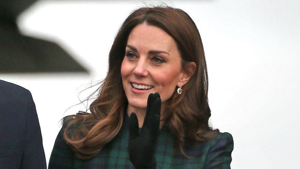 Catherine Middleton za posjet Škotskoj izabrala je prigodan karirani uzorak