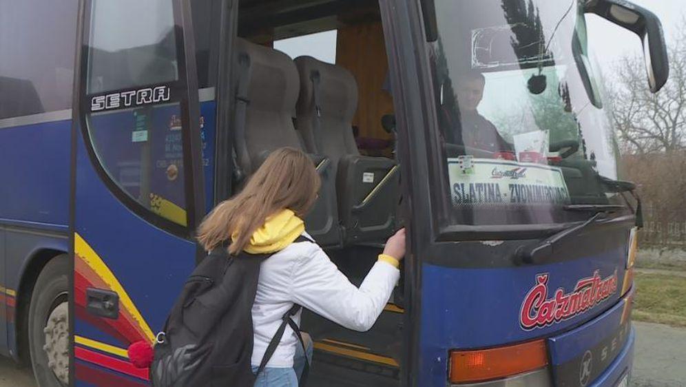 Autobus, ilustracija - 3
