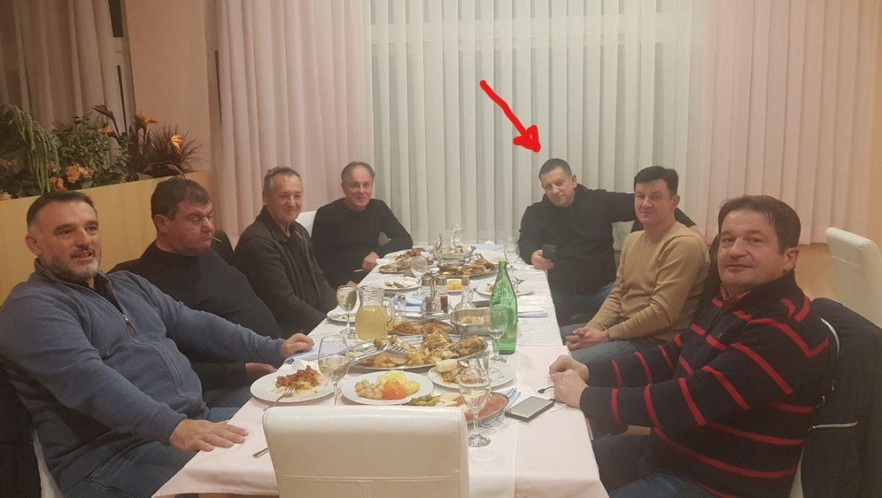 Dožupan Nikola Blažević s društvom