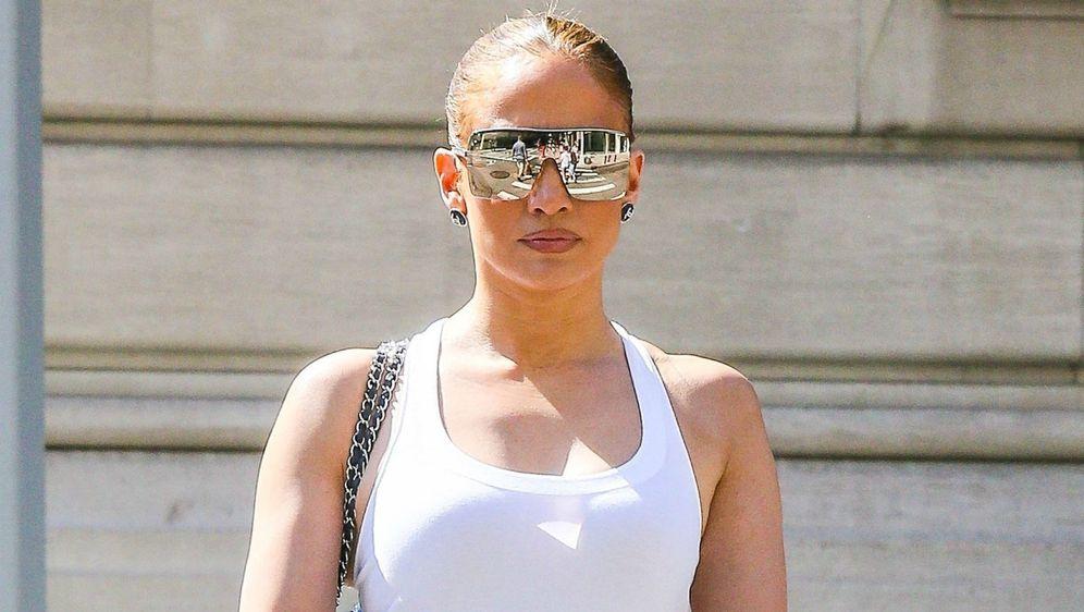 Jennifer Lopez u New Yorku u ležernoj street style kombinaciji