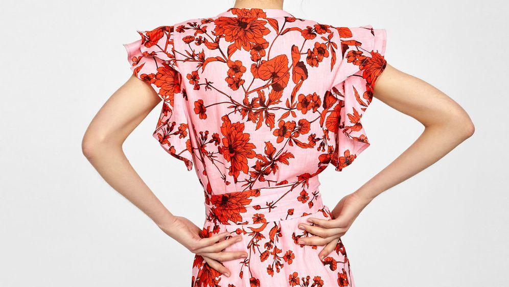 Tunika-haljina iz Zare vizualno stanjuje struk