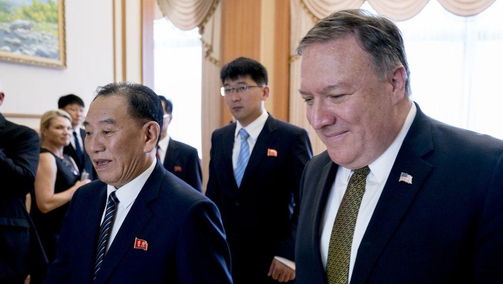 Visoki sjevernokorejski dužnosnik Kim Yong Chol i američki državni tajnik Mike Pompeo (Foto: AFP)