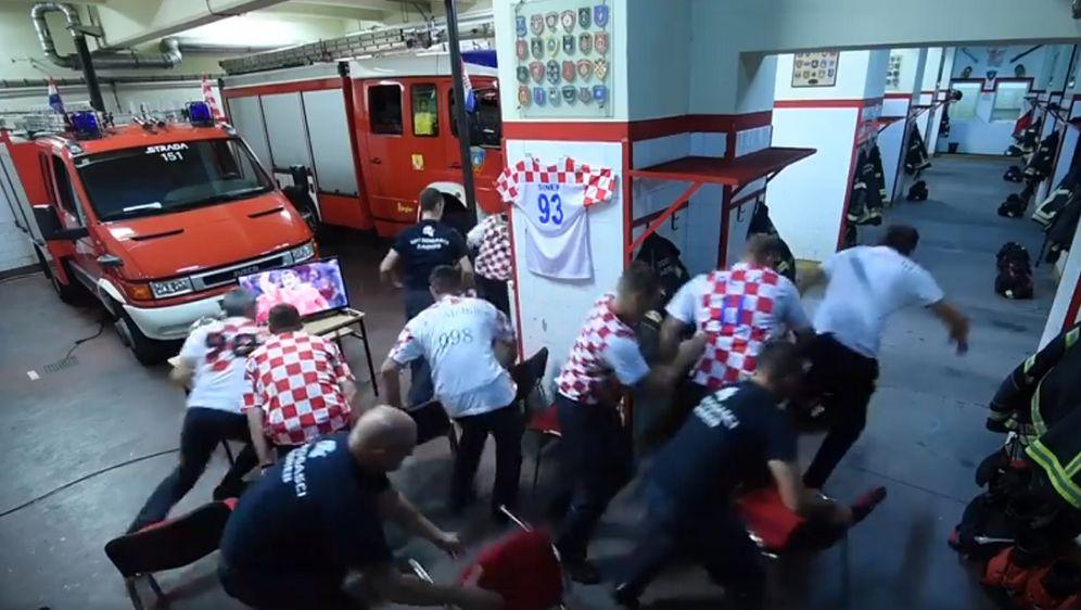 Zagrebački vatrogasci poslali snažnu poruku uoči utakmice (Foto: screenshot)
