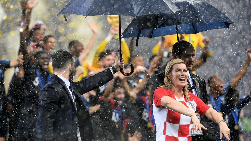 Emmanuel Macron i Kolinda Grabar- Kitarović (Foto: AFP)