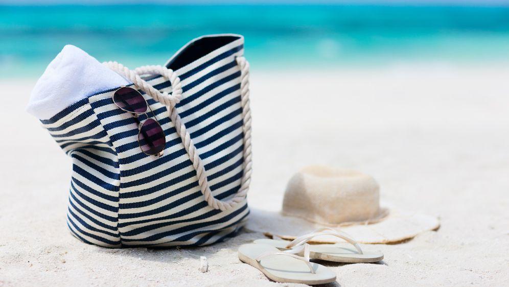 Torba za plažu može se nositi i nakon godišnkjeg odmora