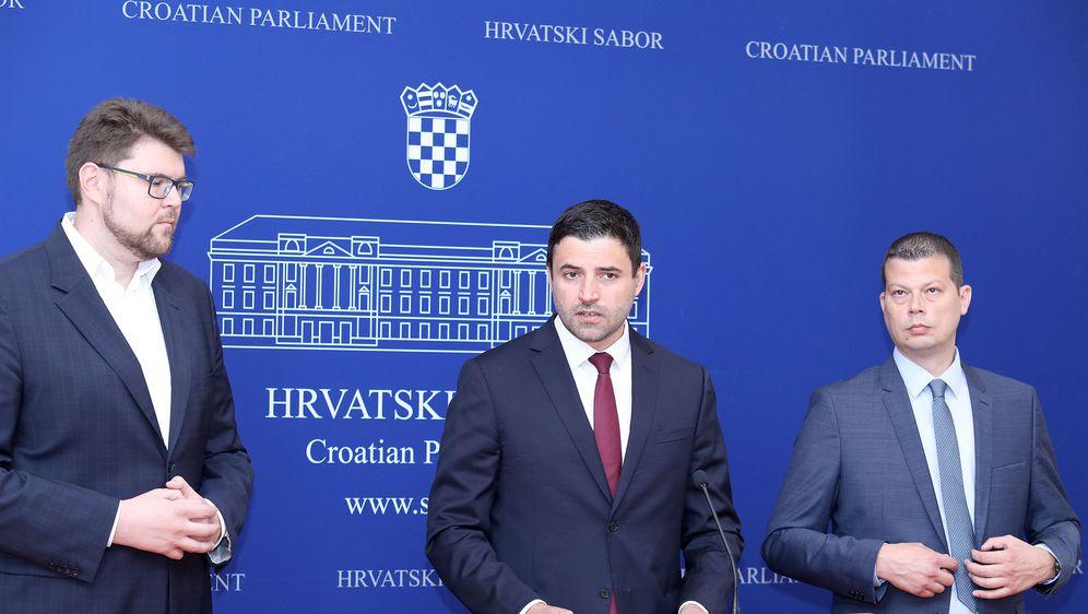 SDP o prijedlogu za pokretanje pitanja povjerenja ministru uprave Lovri Kuščeviću (Foto: Patrik Macek/PIXSELL)