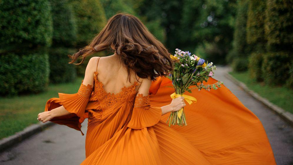 Ako ste gošća na ljetnom vjenčanju, sigurno želite lijepu, ali i udobnu haljinu