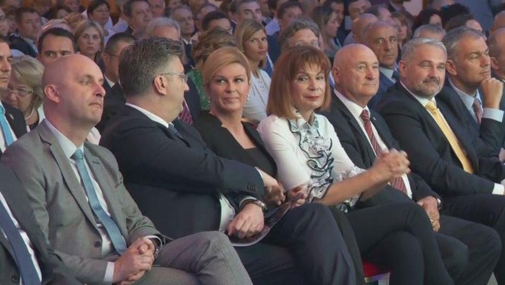 Predsjednica i premijer (Foto: Dnevnik.hr) - 1