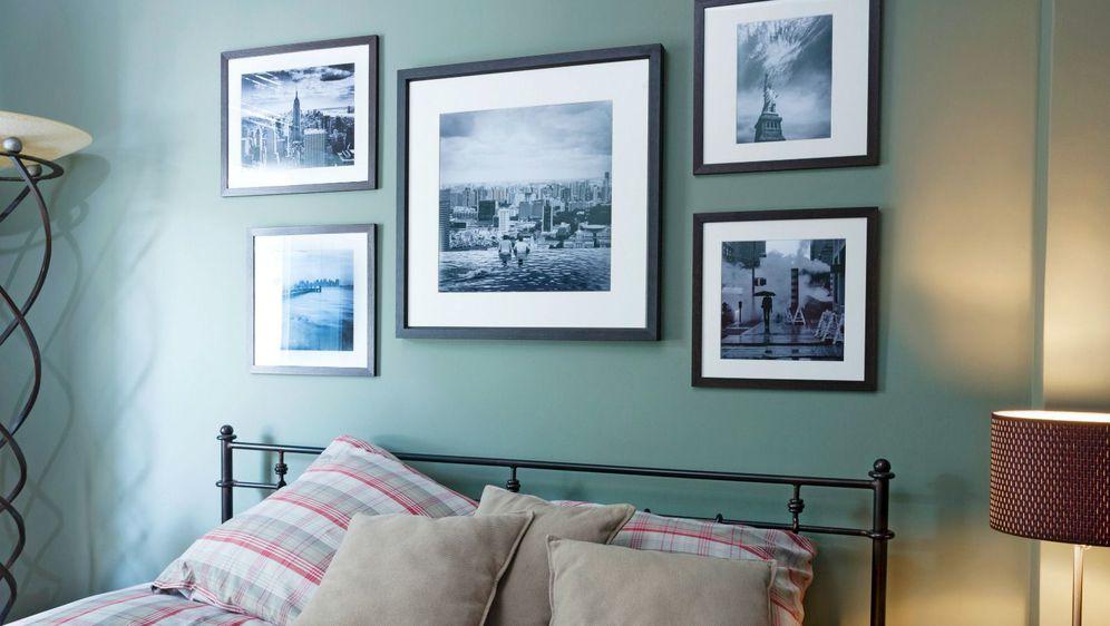 Napravite malu zidnu galeriju s najdražim fotografijama s putovanja