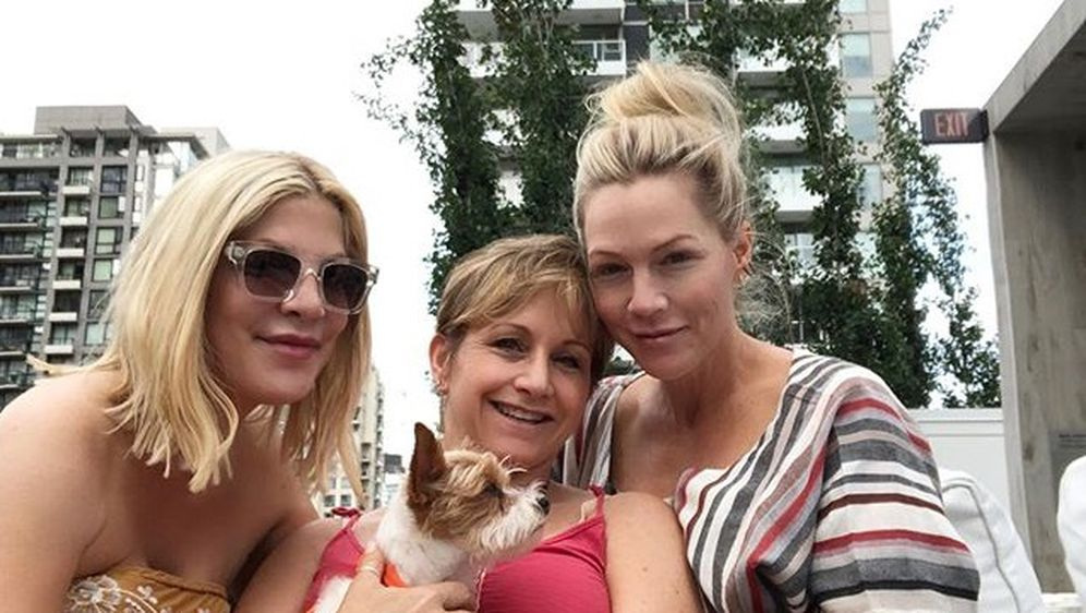 Tori Spelling, Jennie Garth, Gabrielle Carteris (Foto: Instagram)