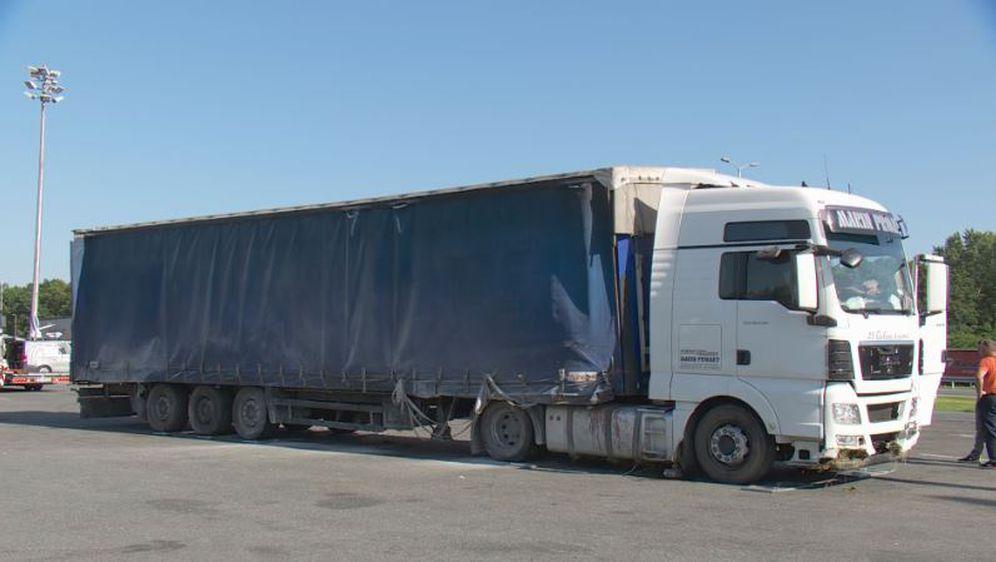 Kamion koji je prouzročio prometnu nesreću u kojoj je poginulo dvoje djece (Foto: Dnevnik.hr)