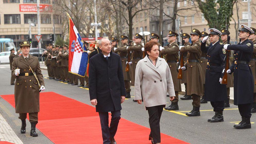 Krstičević i ministrica obrane BiH (Foto: MORH)