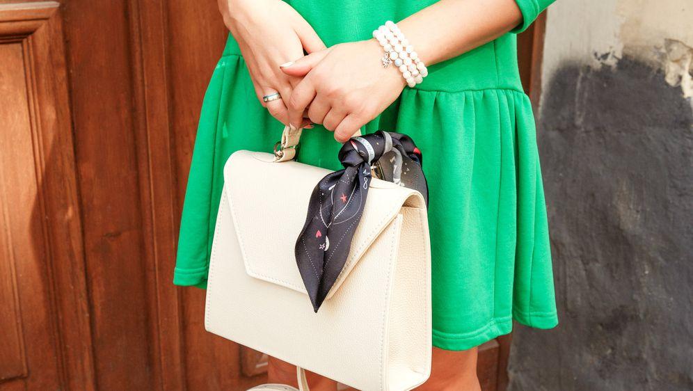 Žene vole zelenu boju, ali često je se ne usude nositi